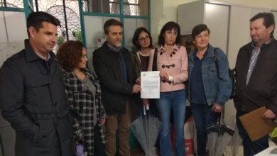 Photo of La Asamblea Local de IU en Nueva Carteya registra en la Delegación del Gobierno 2061 firmas para solicitar que el servicio de pediatría sea a jornada completa