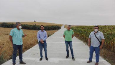 Photo of Infraestructuras Rurales realiza obras de mejora en el camino 'De las Zorreras' de Fernán Núñez